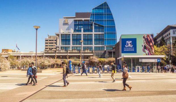How to Transfer Universities in Australia